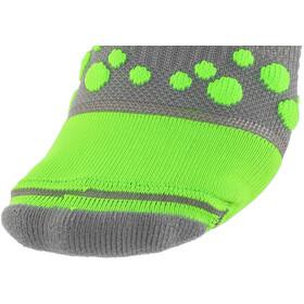 Compressport Racing V2 Trail - Chaussettes course à pied - gris/vert